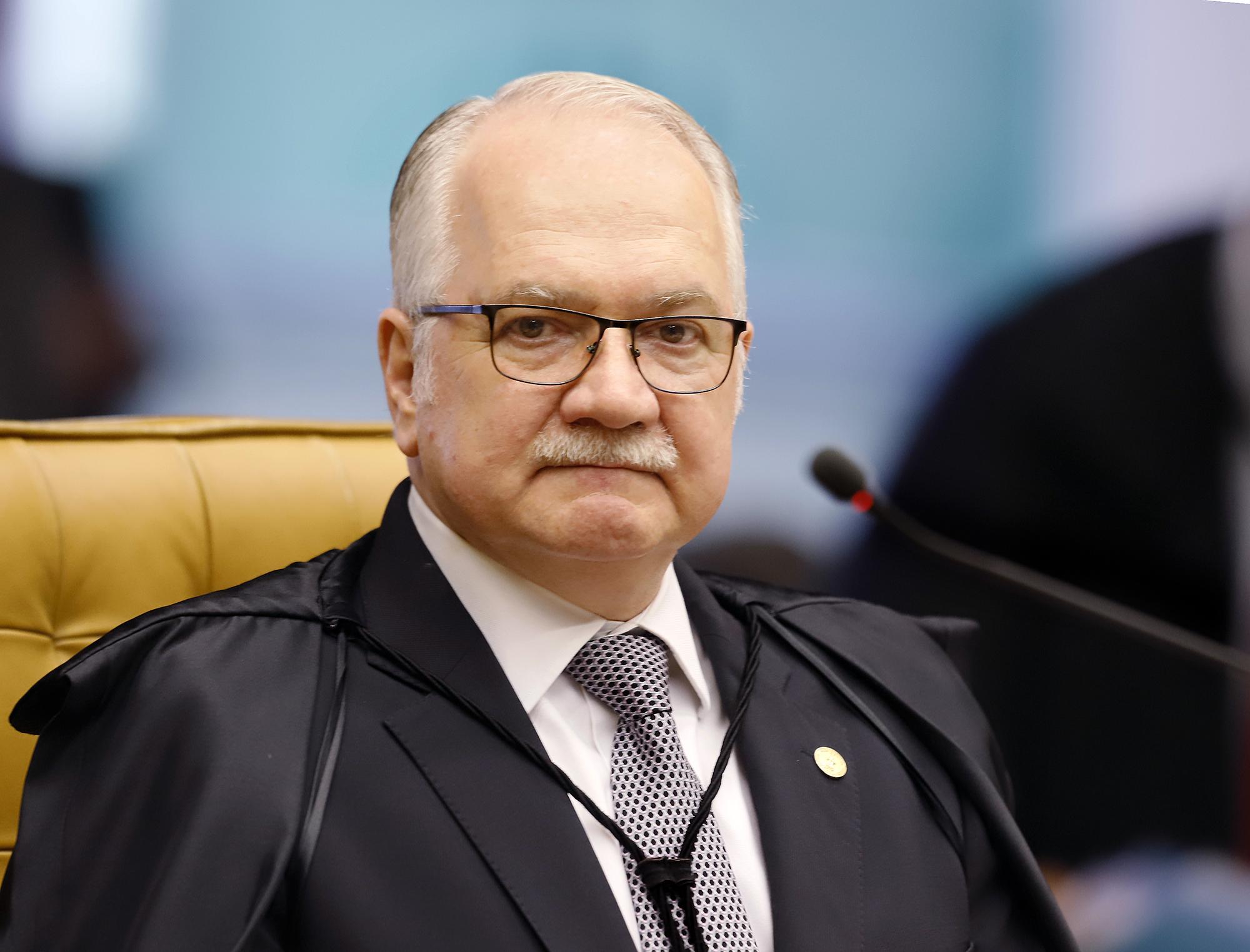 IMAGEM: Fachin pede que AGU e PGR se manifestem em ação sobre afastamento de governadores