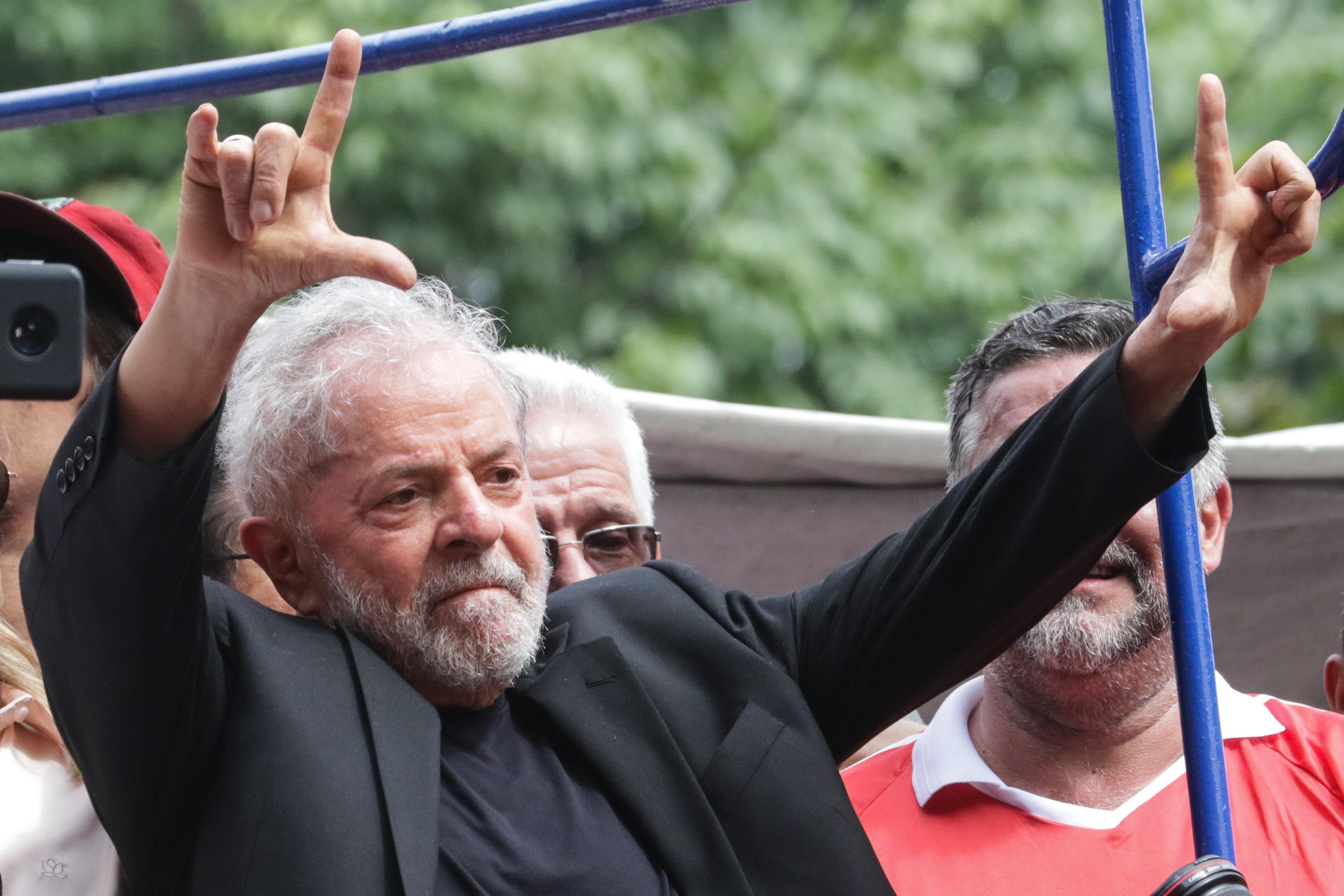 """IMAGEM: """"A República no Brasil é o regime da corrupção"""""""