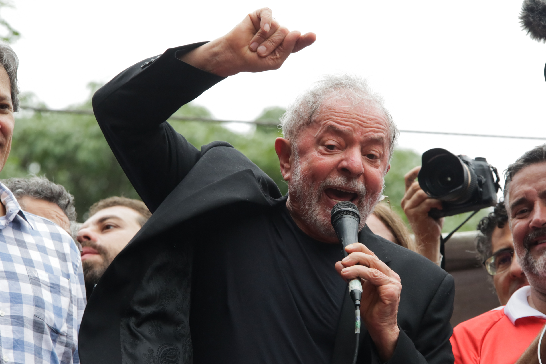 IMAGEM: Lula quer nova denúncia por lavagem na Justiça de SP