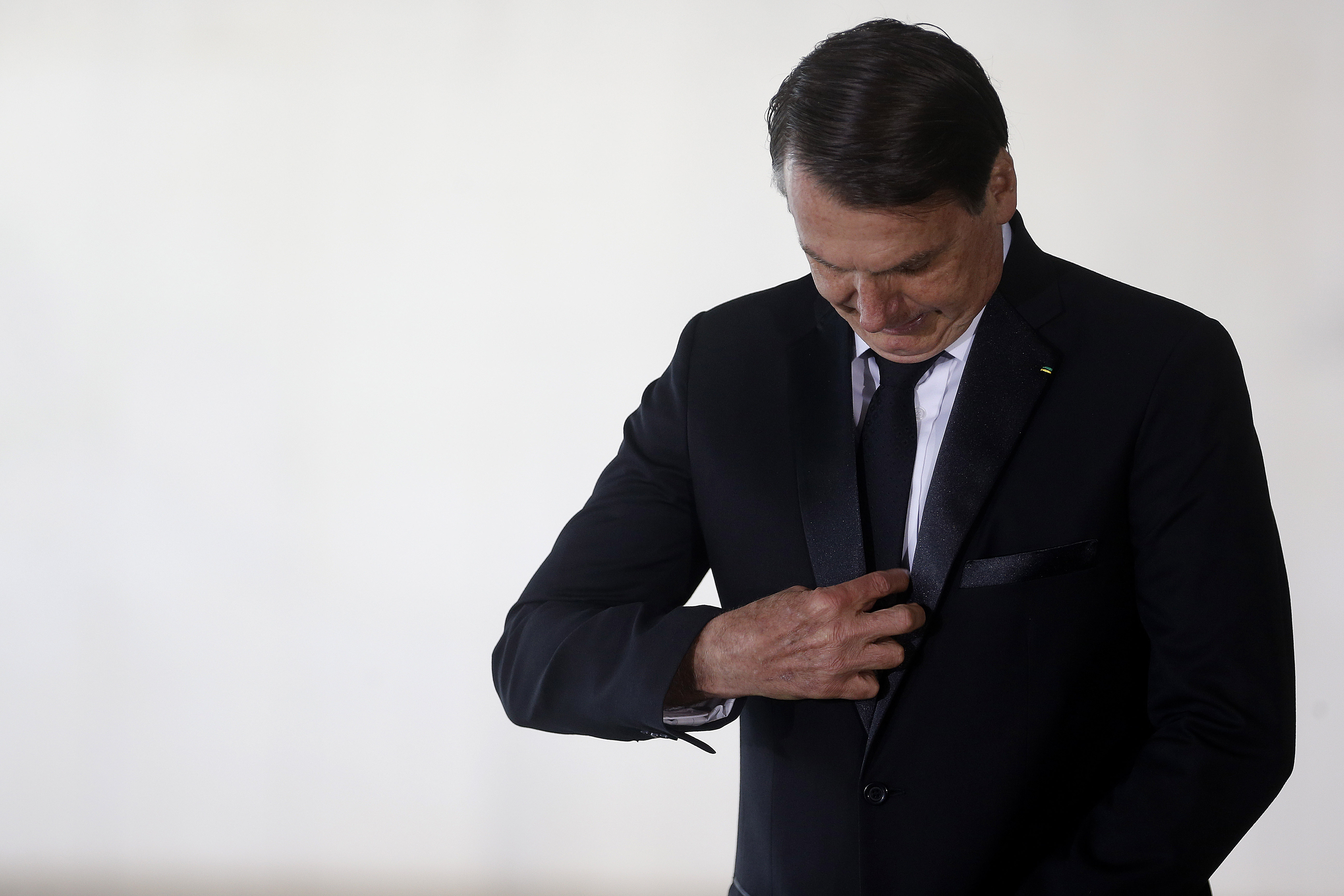 """IMAGEM: """"De jeito nenhum"""", diz Bolsonaro sobre taxação de energia solar"""
