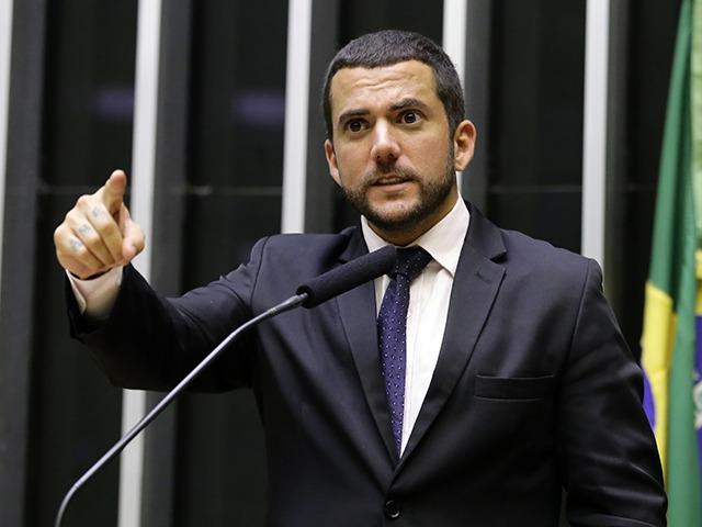 """IMAGEM: Carlos Jordy: """"Quem não se revolta com a impunidade e ativismo do STF?"""""""