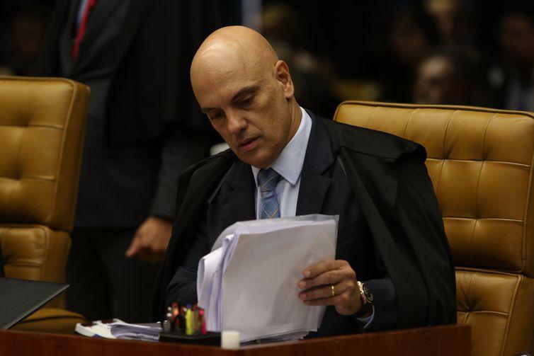 """IMAGEM: Bolsonaro: """"Ontem quase tivemos uma crise institucional. Faltou pouco"""""""