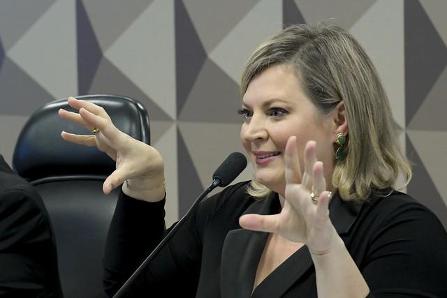 IMAGEM: Marido de Joice assume o PSL do Piauí e deputada vai ao estado articular candidaturas
