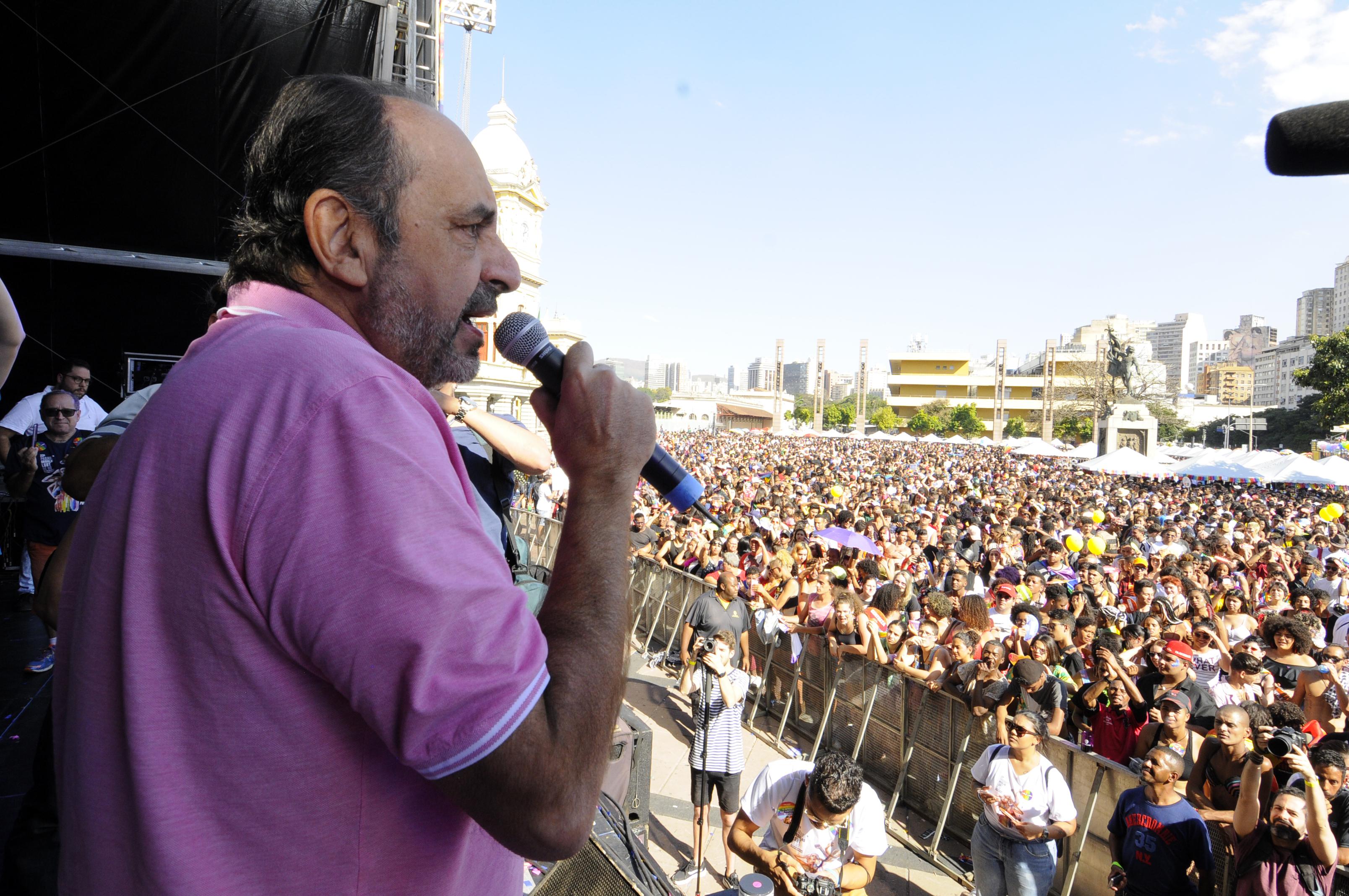 IMAGEM: Datafolha em Belo Horizonte: Kalil tem 60% das intenções de voto