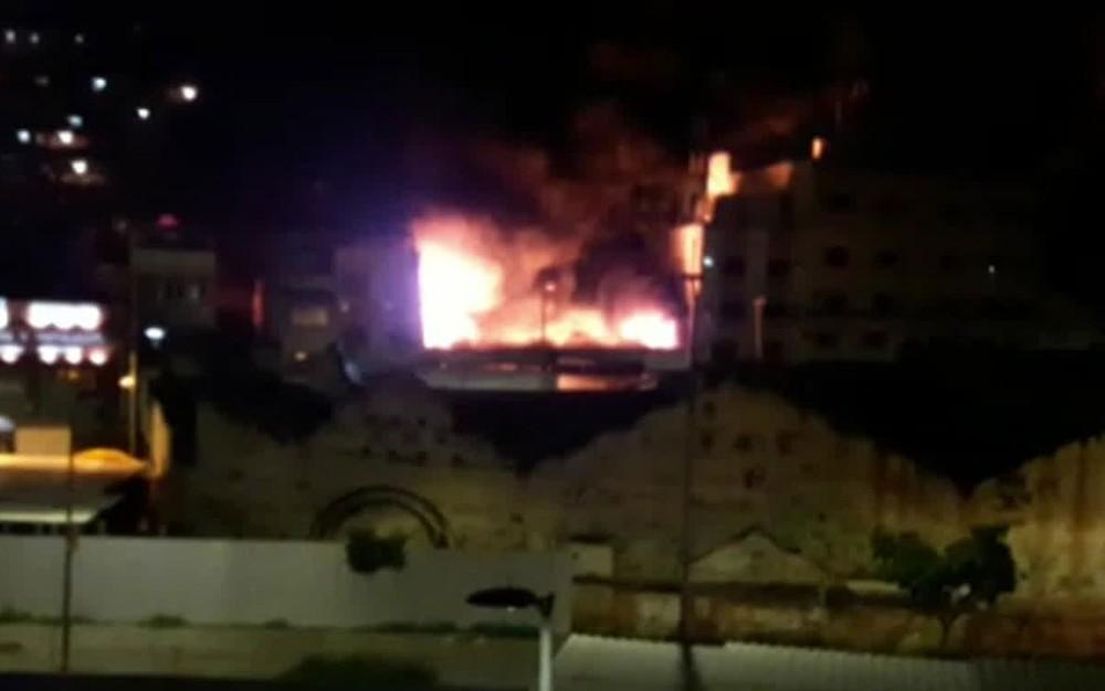 IMAGEM: Explosão no Complexo do Alemão deixa 1 morto e 12 feridos