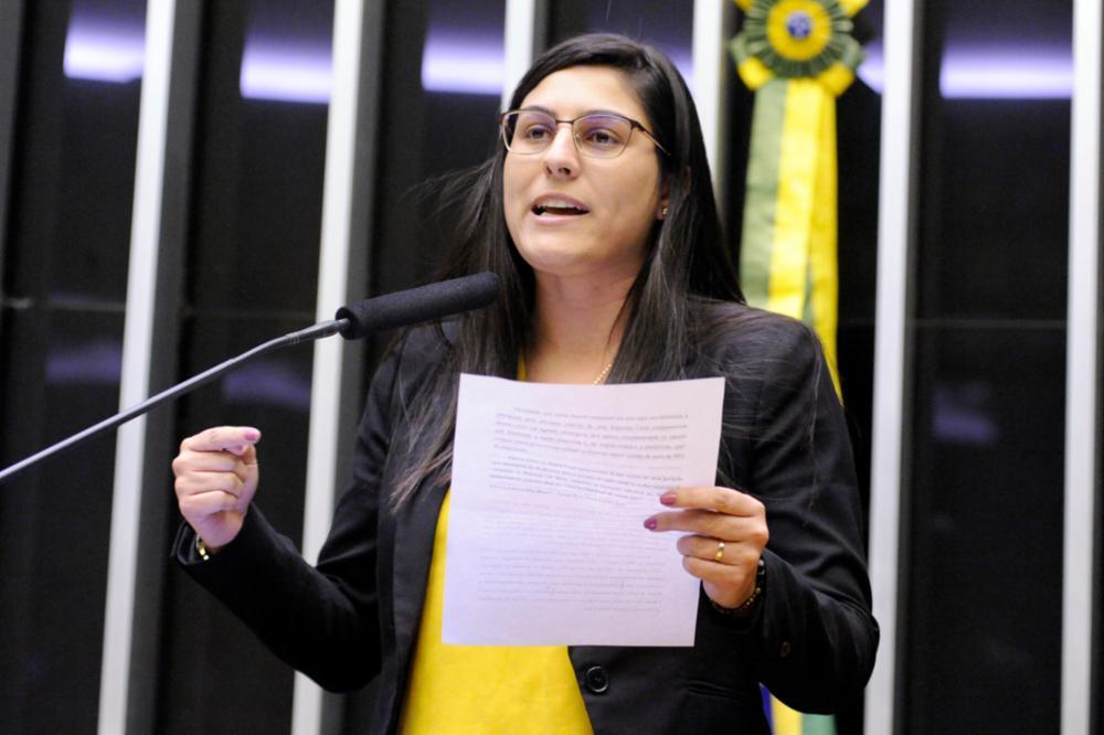 IMAGEM: Deputada pró-censura do Porta dos Fundos usa cotão para 'segurança VIP'
