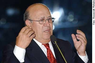IMAGEM: Senador Ney Suassuna está com Covid-19