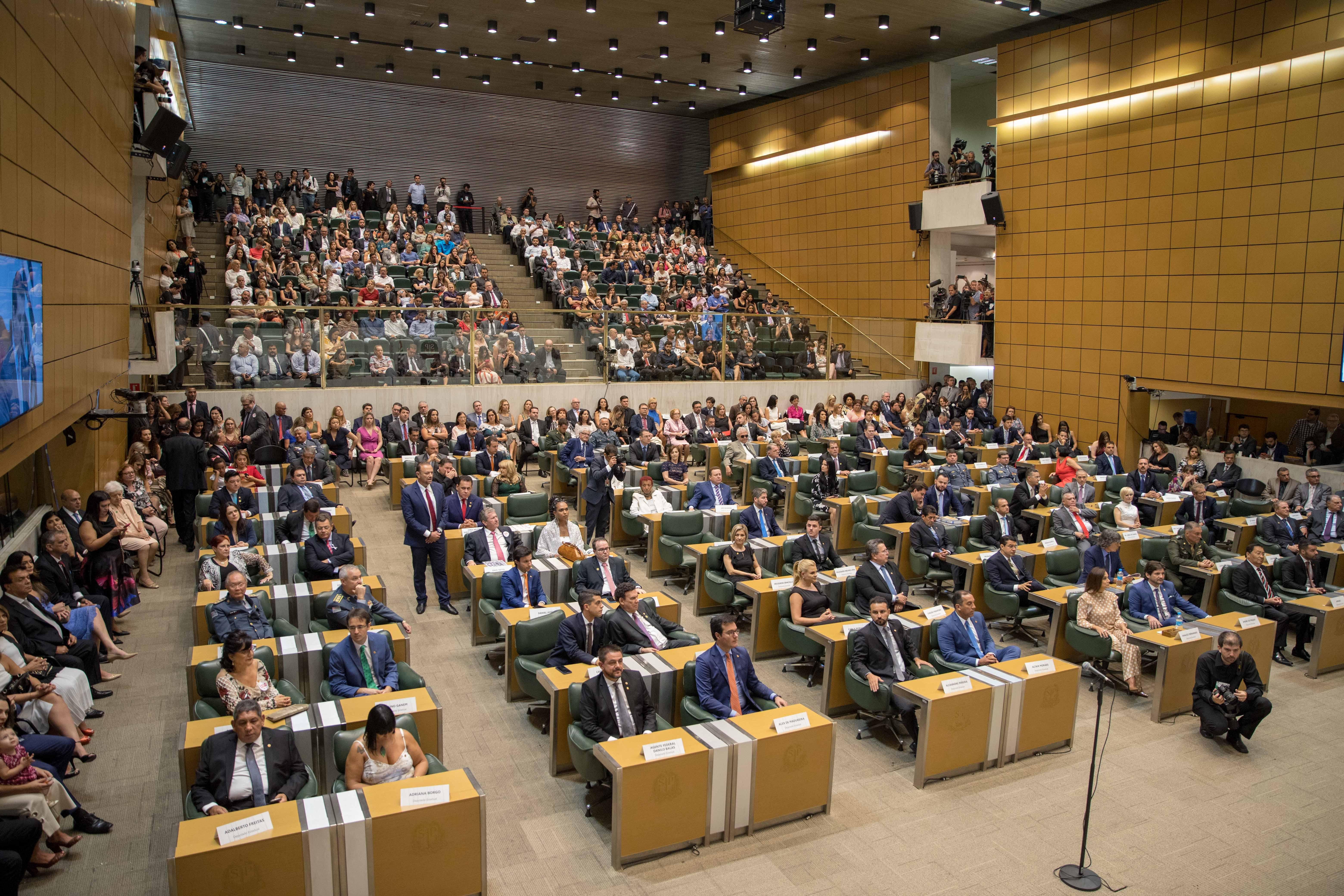 IMAGEM: Grupo mais alinhado a Bolsonaro perde liderança do PSL na Alesp