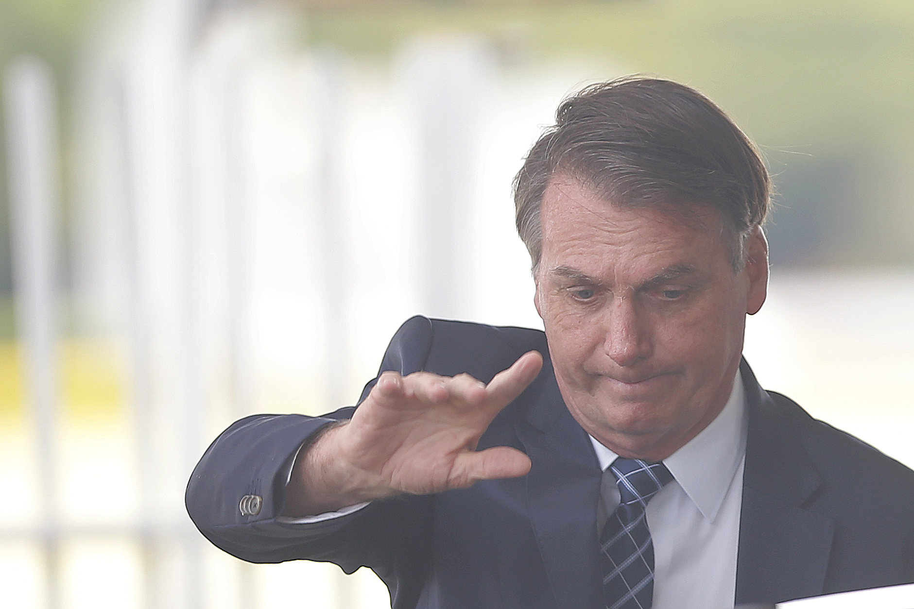 """IMAGEM: Depois de cerimônia cancelada, Bolsonaro lança o """"Brasil Mais"""""""