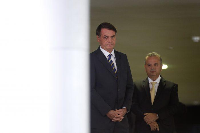 IMAGEM: Governo Bolsonaro tira mais da Educação para abastecer o Centrão