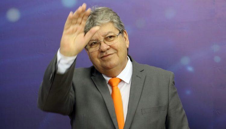IMAGEM: Governador da Paraíba convoca secretários de Saúde do Nordeste