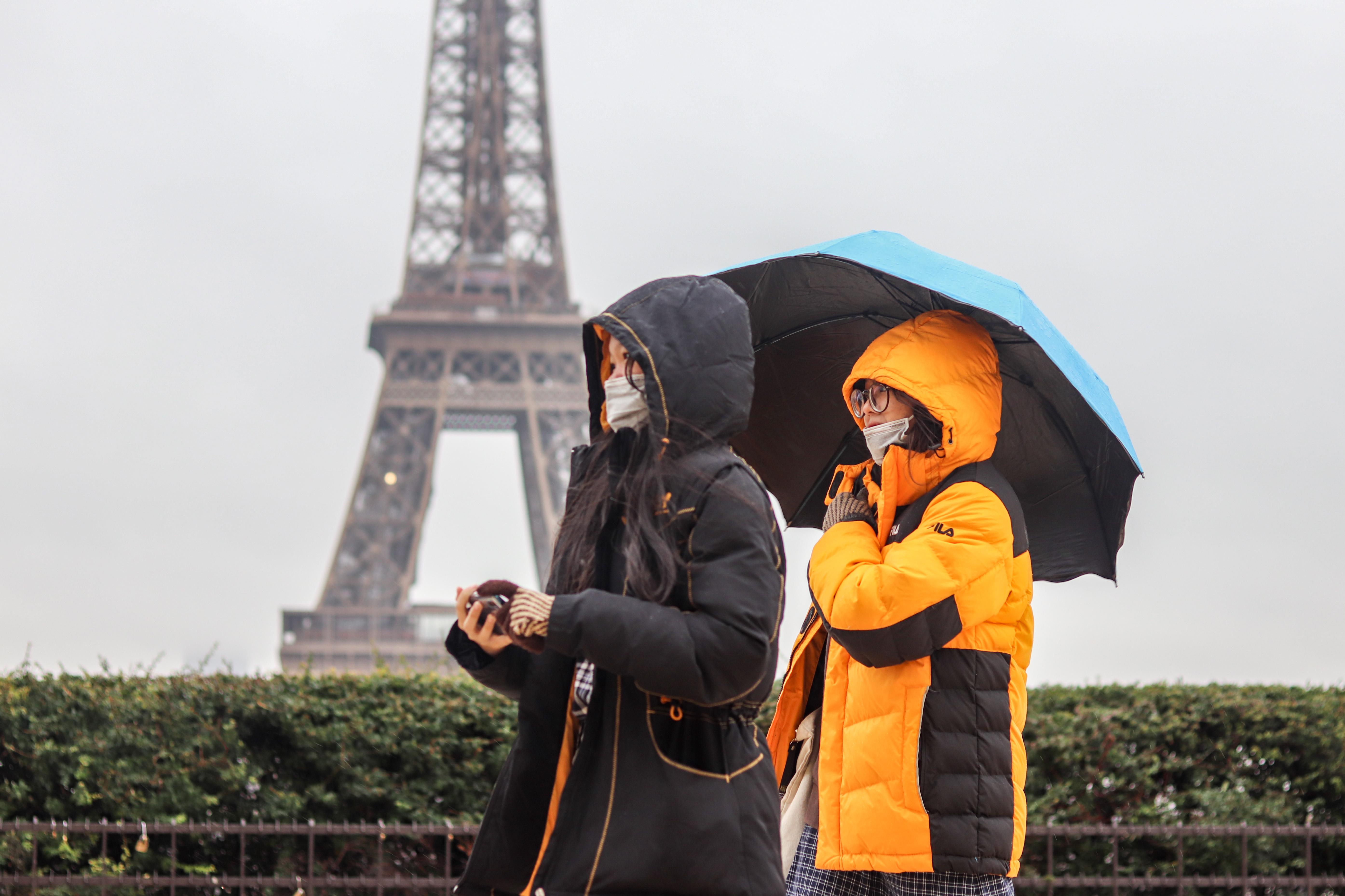 IMAGEM: Apoio à pena de morte cresce na França