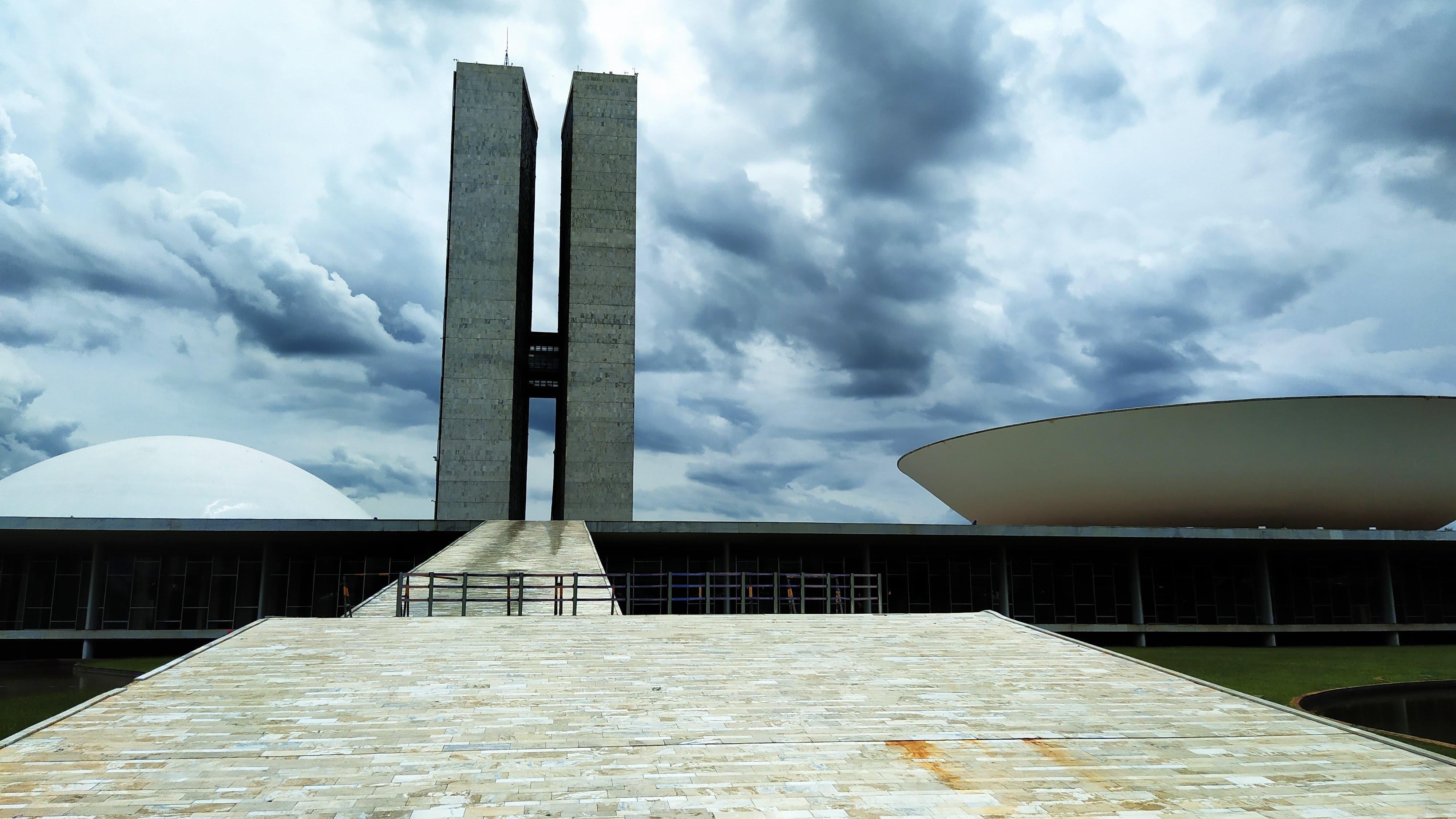 IMAGEM: Câmara aprova texto-base de proposta que transforma Embratur em agência