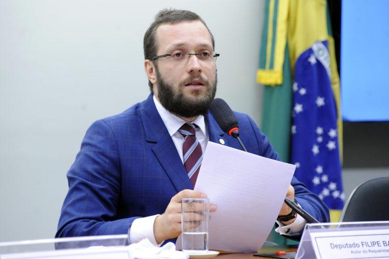 IMAGEM: Deputado alvo de operação convoca apoiadores às ruas contra 'ditadura do STF'