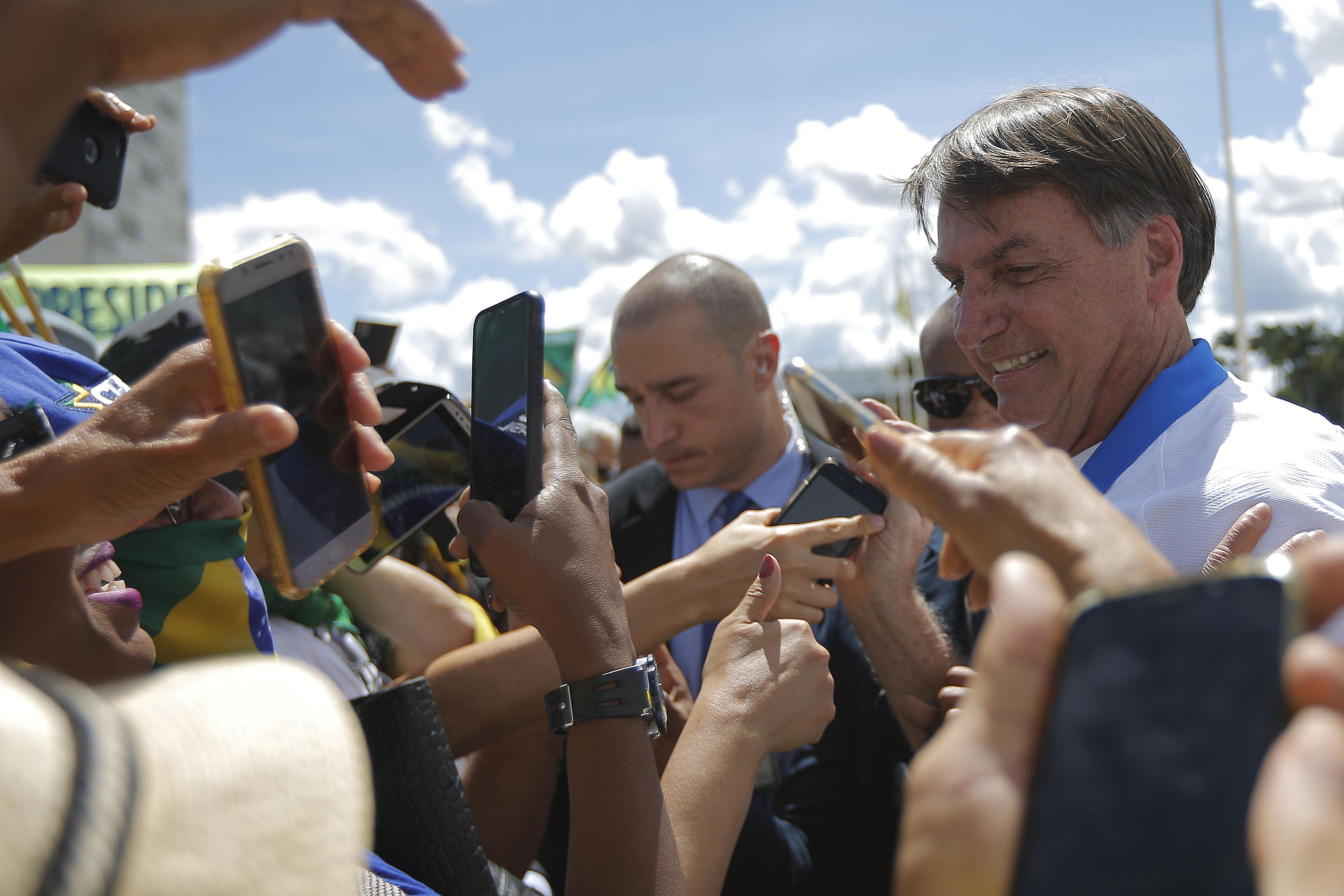 IMAGEM: PGR arquiva 6 reclamações criminais contra Bolsonaro