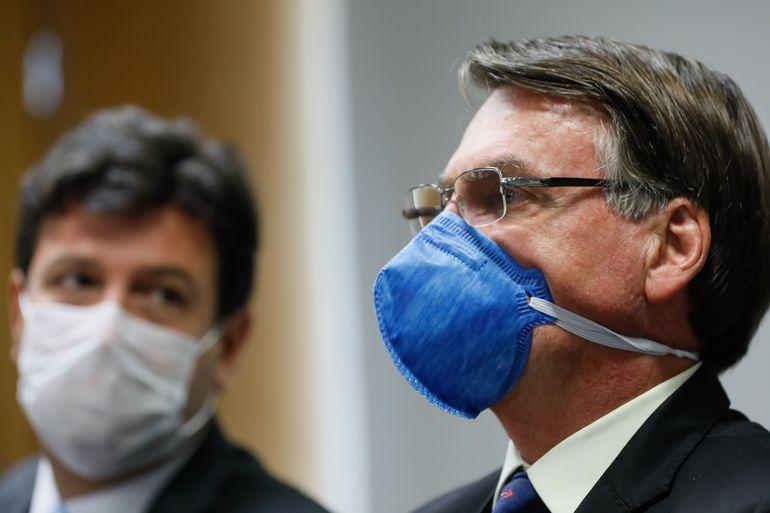 IMAGEM: Bolsonaro faria um favor a si mesmo se mostrasse o resultado dos exames