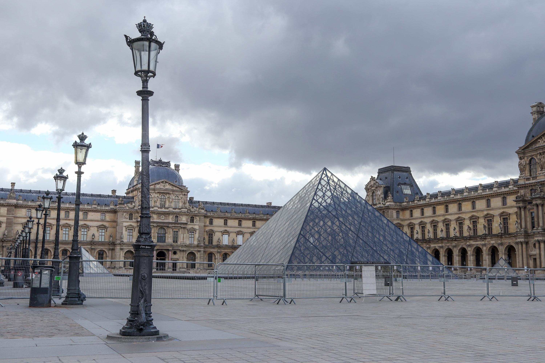 IMAGEM: França decide prolongar estado de emergência sanitária