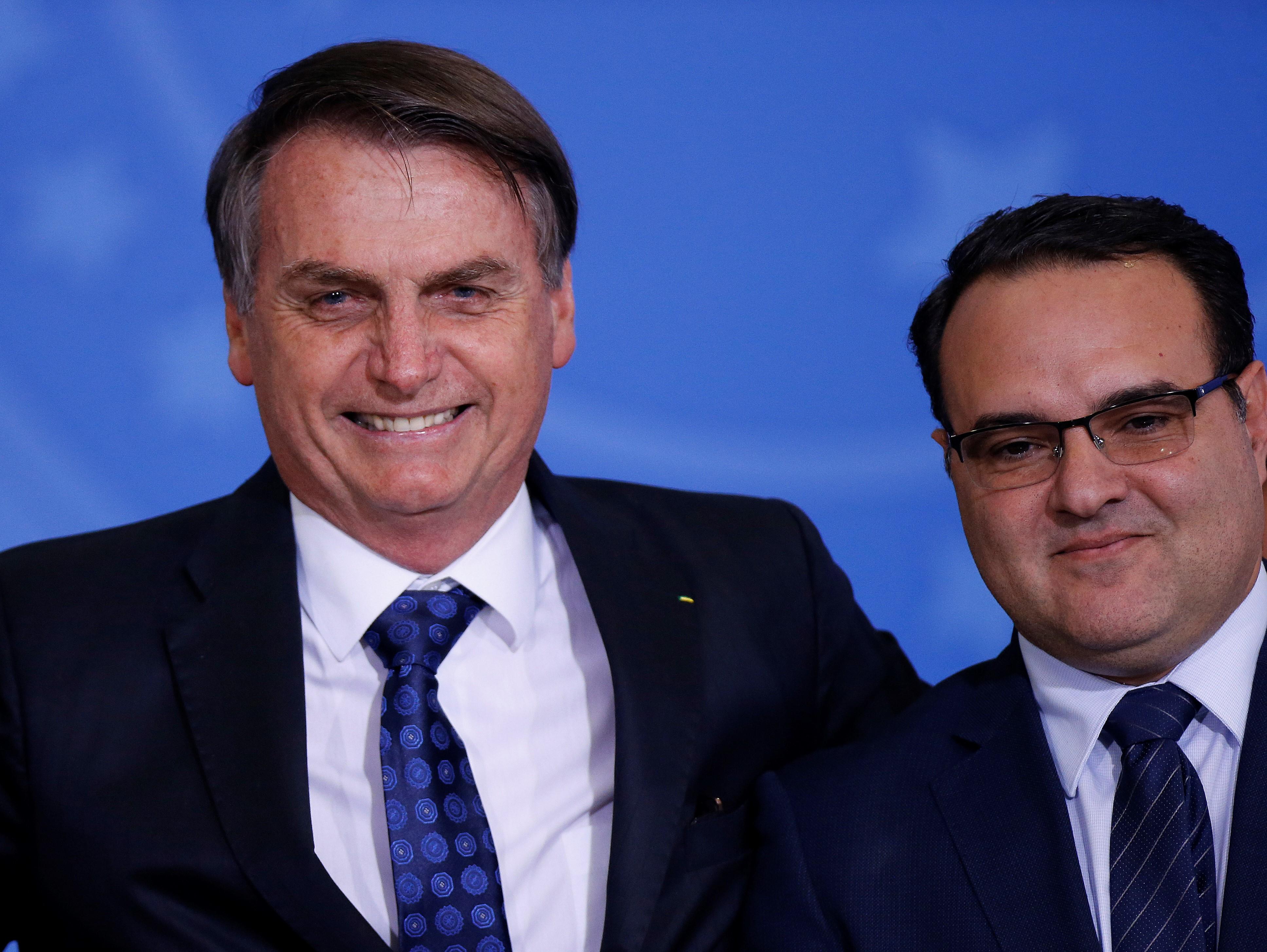 IMAGEM: Jorginho não vê irregularidades em contrato de 27 milhões da Embratur nas eleições