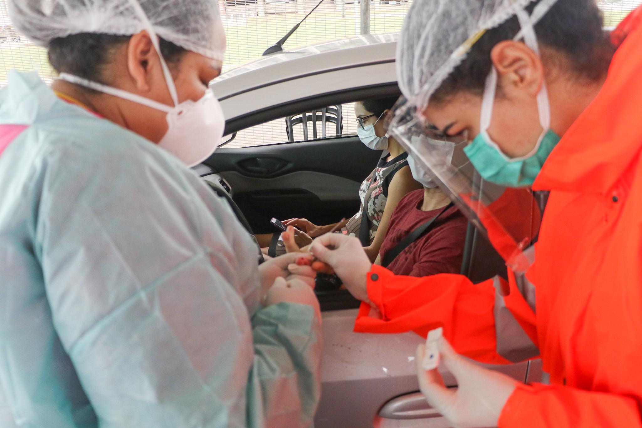 IMAGEM: Quase 3 milhões de testes para Covid seguem encalhados na Saúde