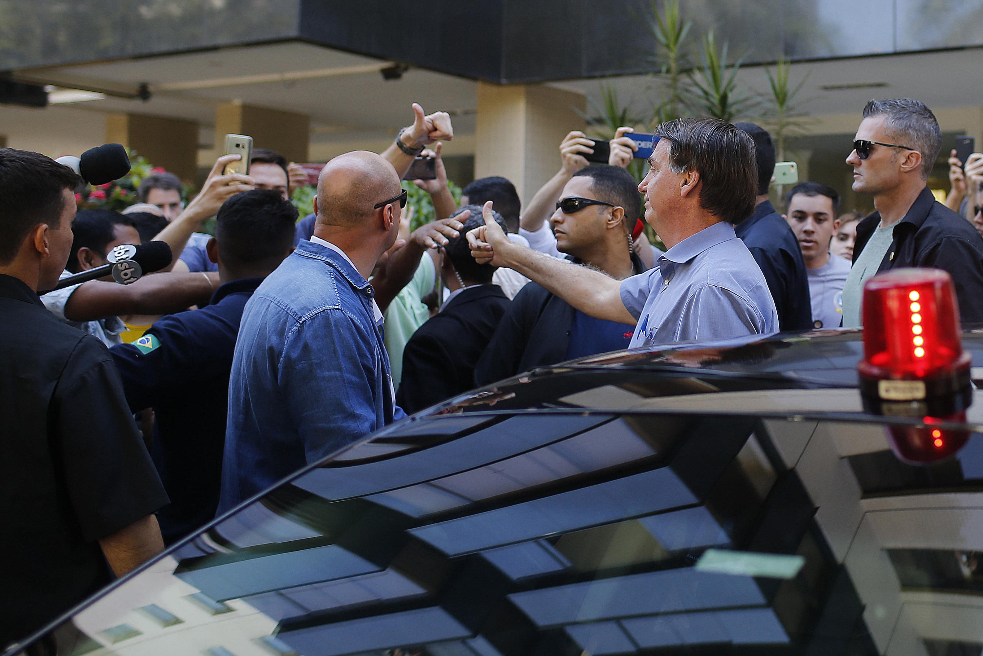IMAGEM: Bolsonaro já gastou 18 milhões com deslocamentos na pandemia