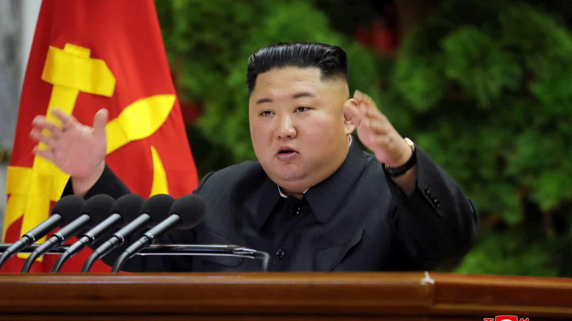 IMAGEM: Kim Jong-un alerta para possível crise alimentar na Coreia do Norte