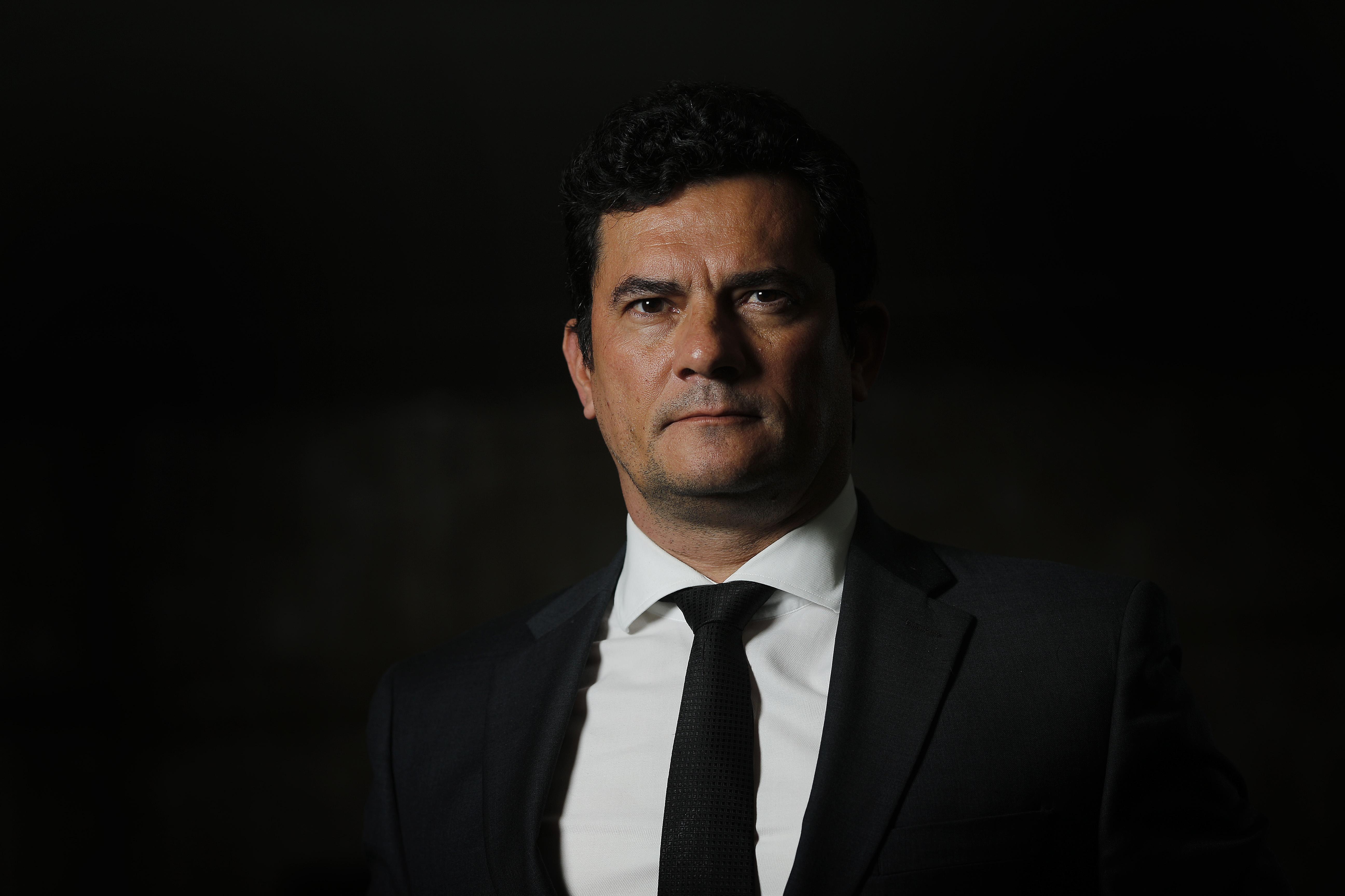 IMAGEM: SERGIO MORO ESTREIA COMO COLUNISTA DA CRUSOÉ