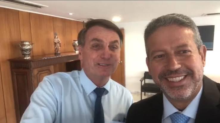 """IMAGEM: Arthur Lira """"tem muito prestígio"""" com Bolsonaro"""