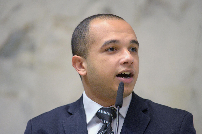IMAGEM: Funcionários de Douglas Garcia estariam em esquema de 'linchamento virtual', diz Frota