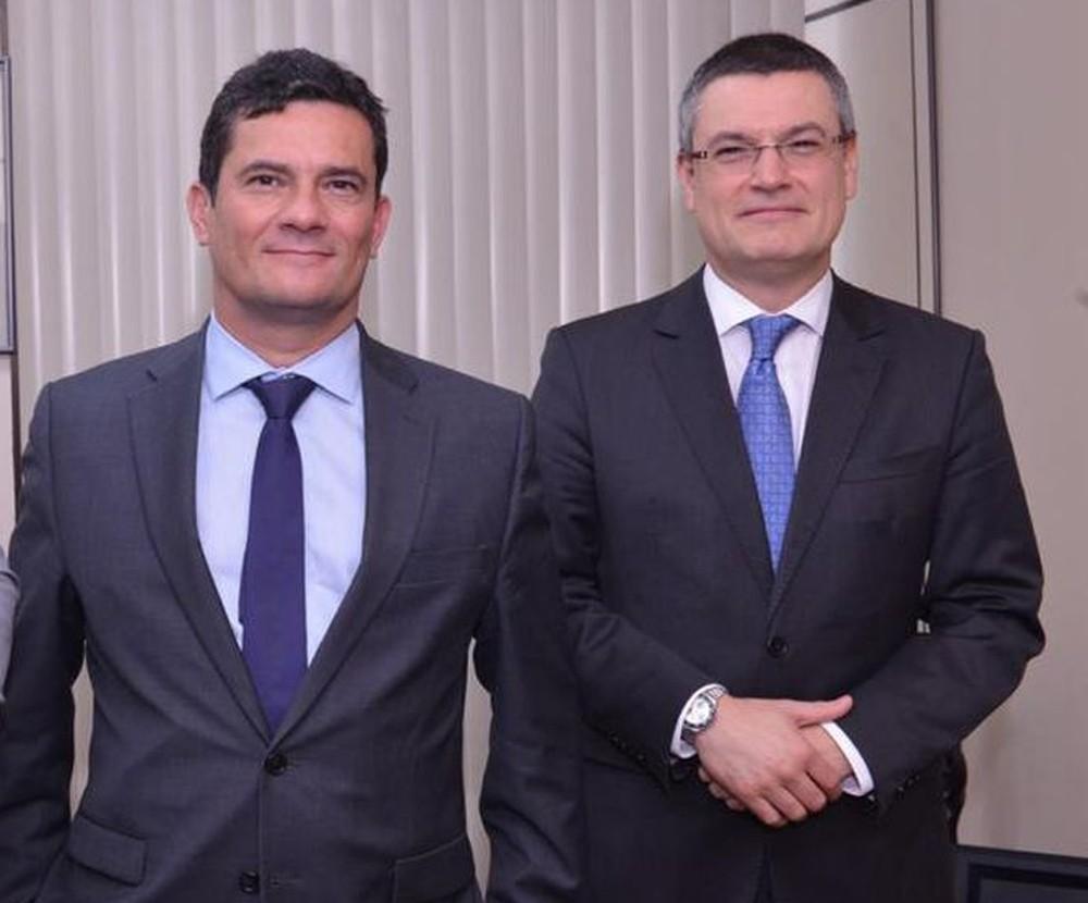IMAGEM: Bolsonaro mentiu e foi pego na mentira