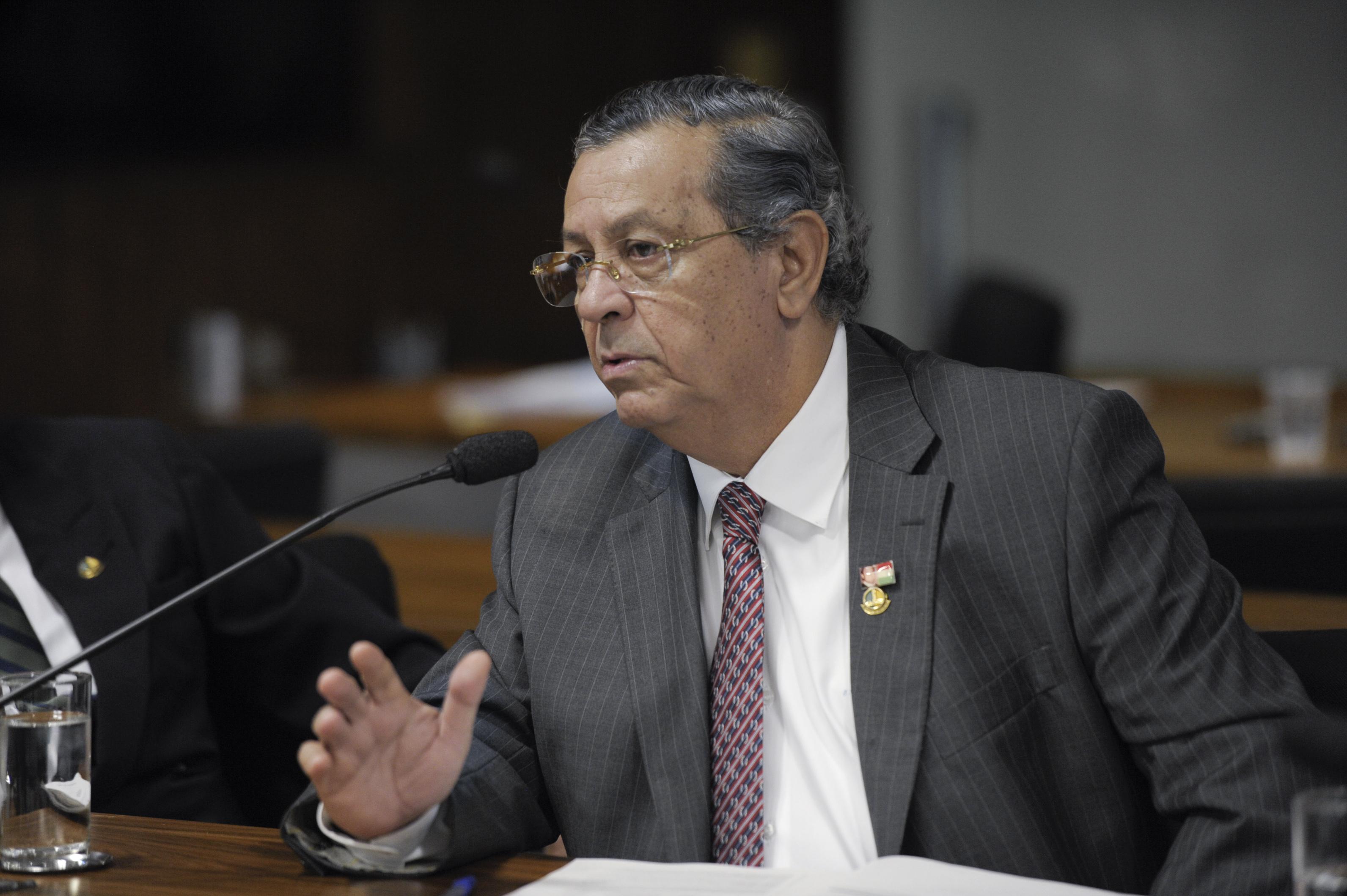 """IMAGEM: Jayme Campos justifica agressão a eleitor: """"Chegou mal-intencionado"""""""