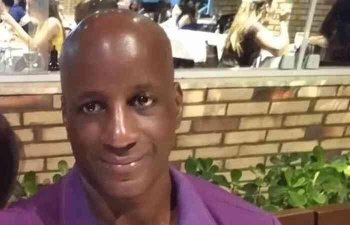IMAGEM: Sérgio Camargo ignora assassinato no Carrefour
