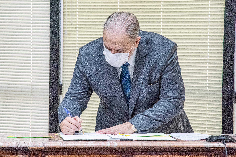 IMAGEM: Aras já fechou 10 acordos de delação