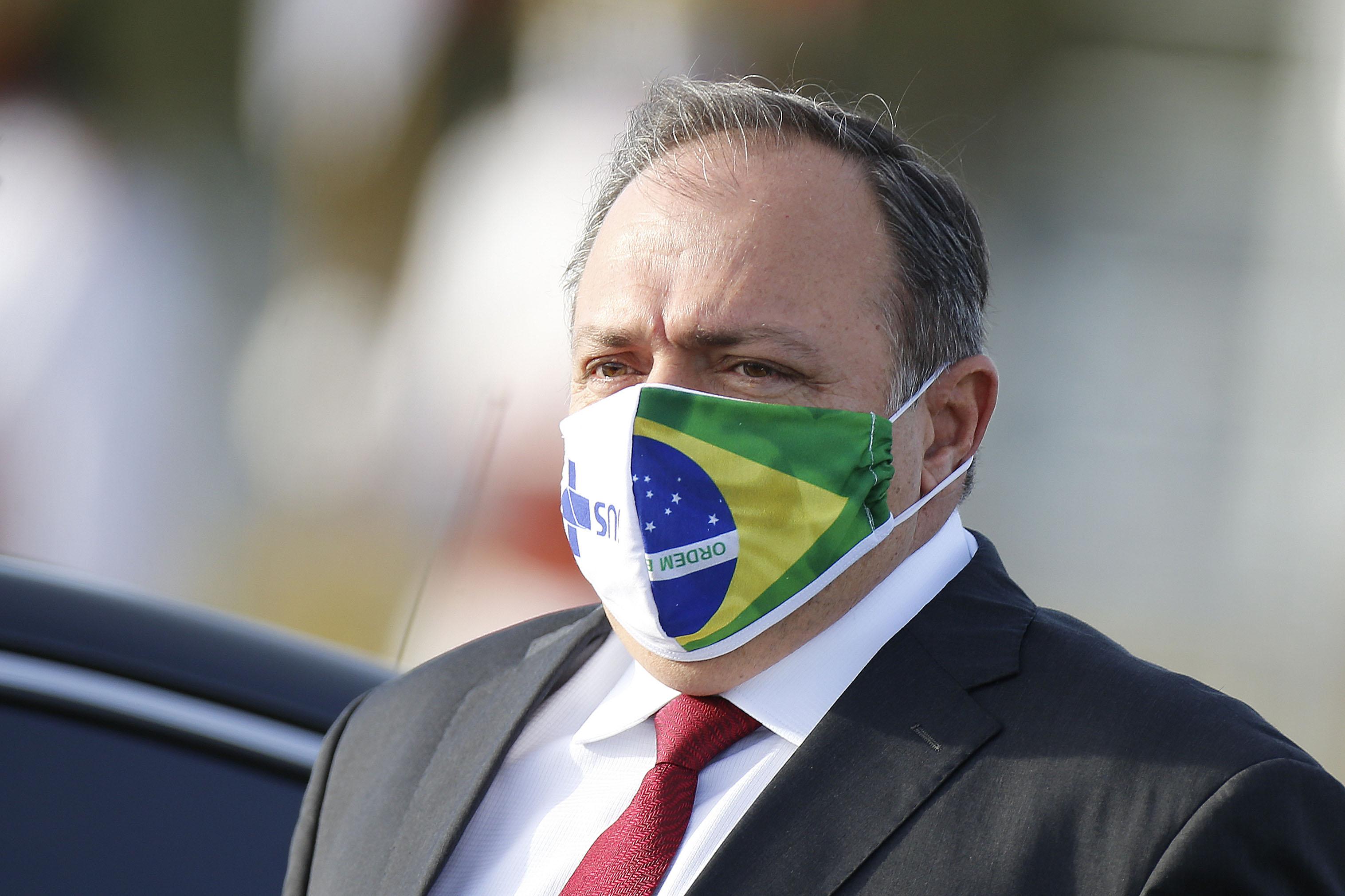 IMAGEM: Brasil está 8 anos atrás na pesquisa sobre genoma, diz Pazuello