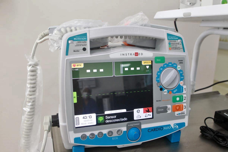 IMAGEM: Hospital das Clínicas recebe respiradores produzidos pela USP