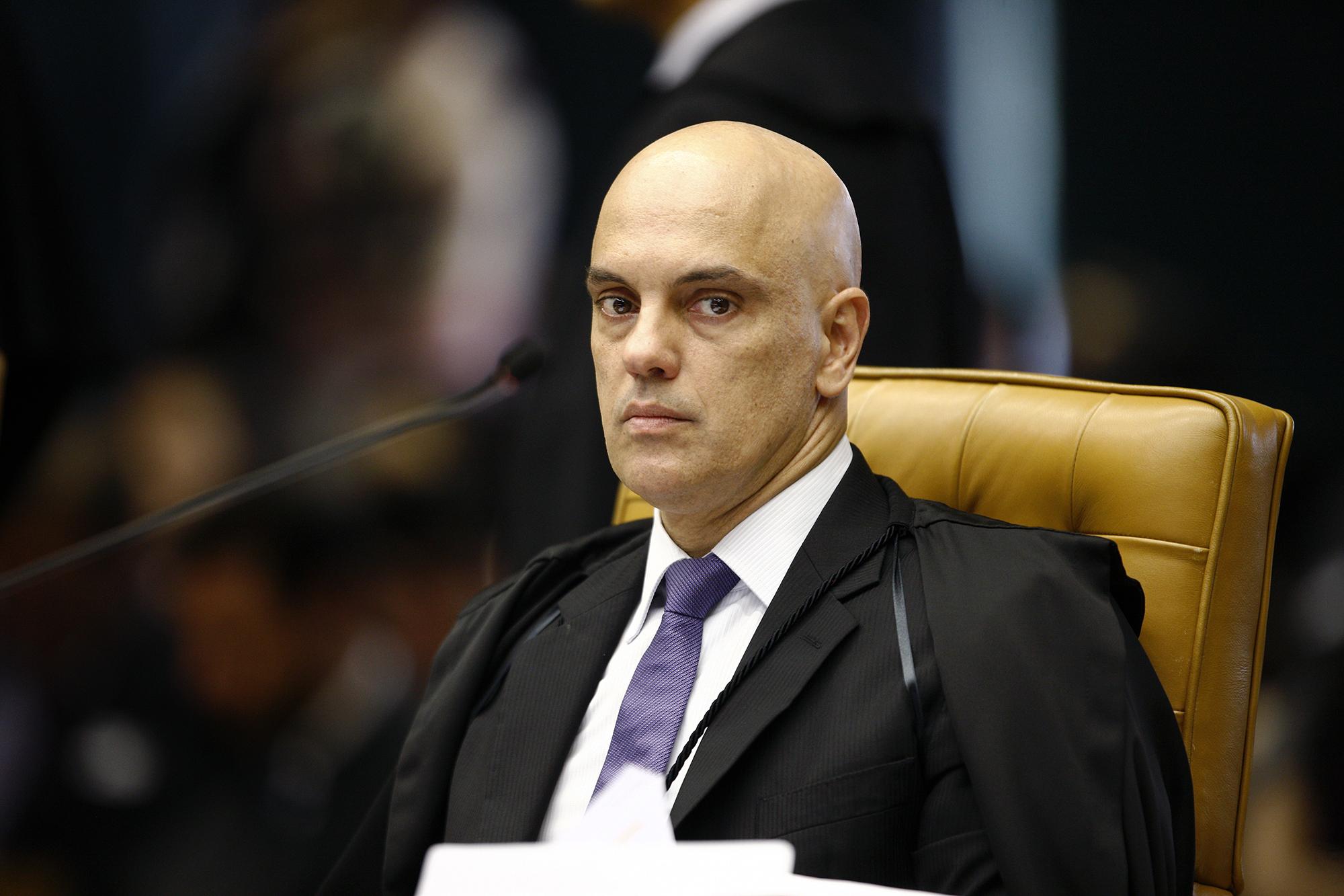 IMAGEM: Moraes determina apreensão de celular de bolsonarista
