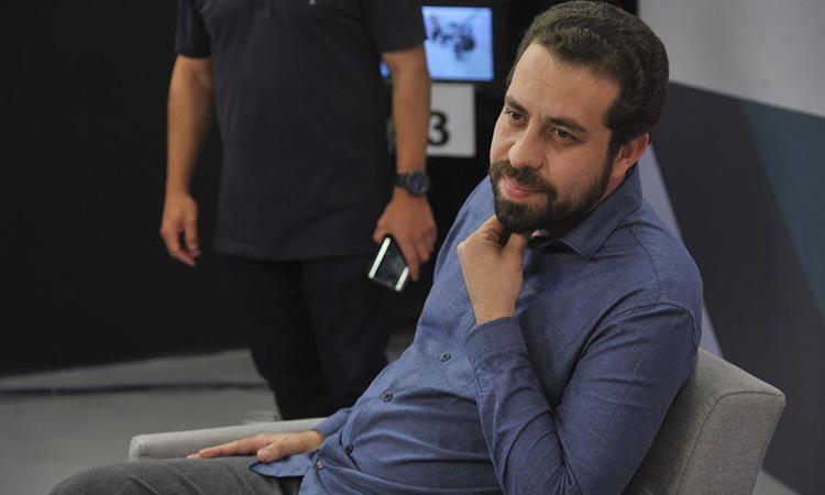 IMAGEM: Juiz suspende propaganda negativa contra Boulos no Facebook
