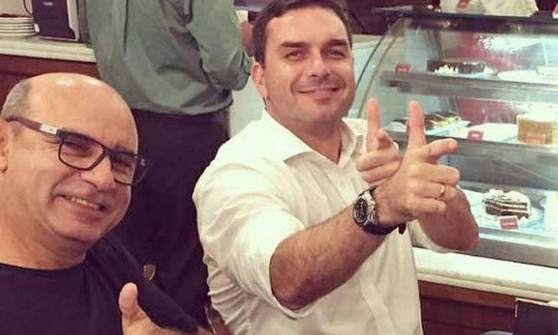 IMAGEM: Mãe do Capitão Adriano fez repasses a Fabrício Queiroz, diz jornal