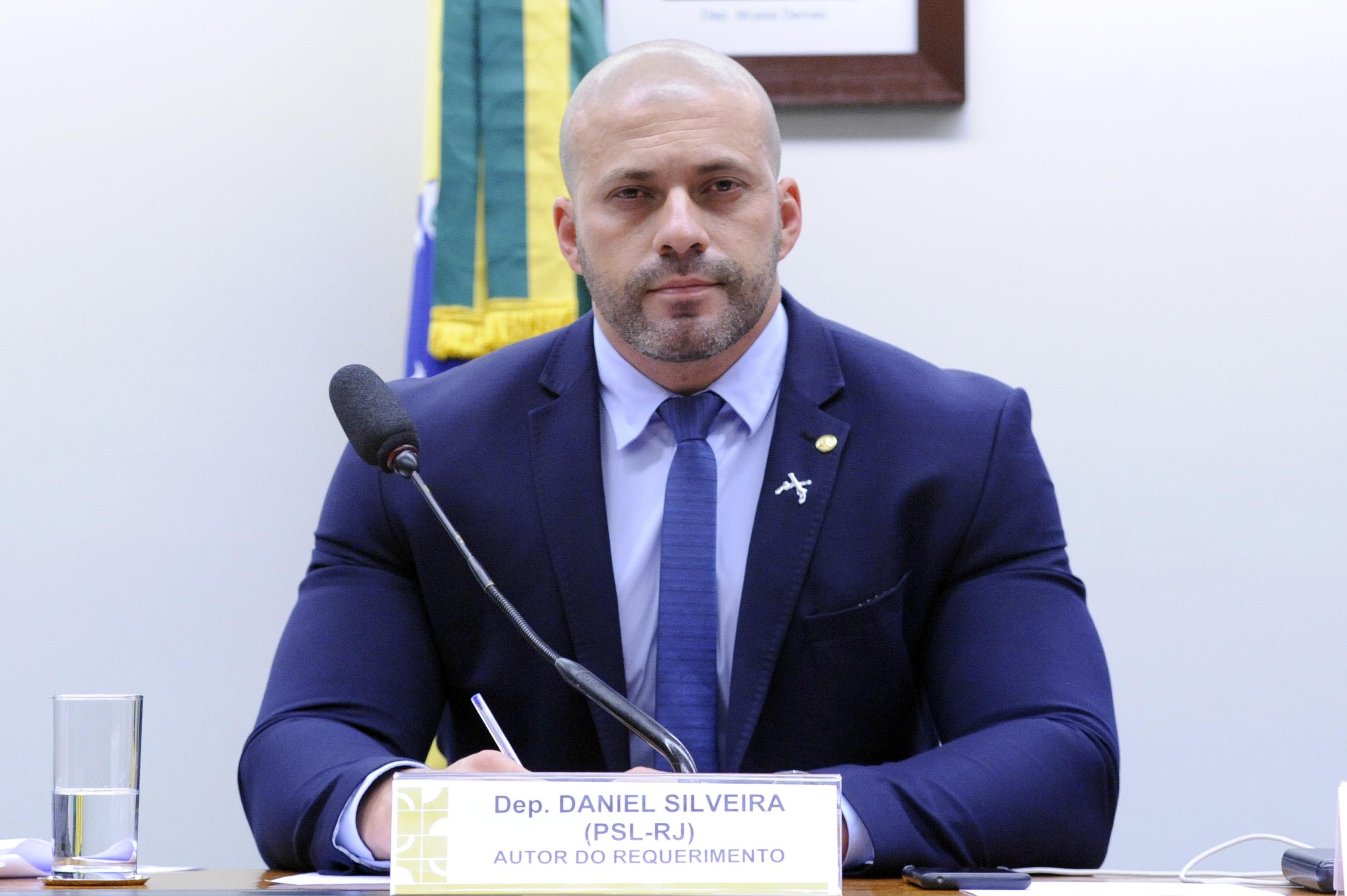 IMAGEM: Pros rachado no caso Daniel Silveira