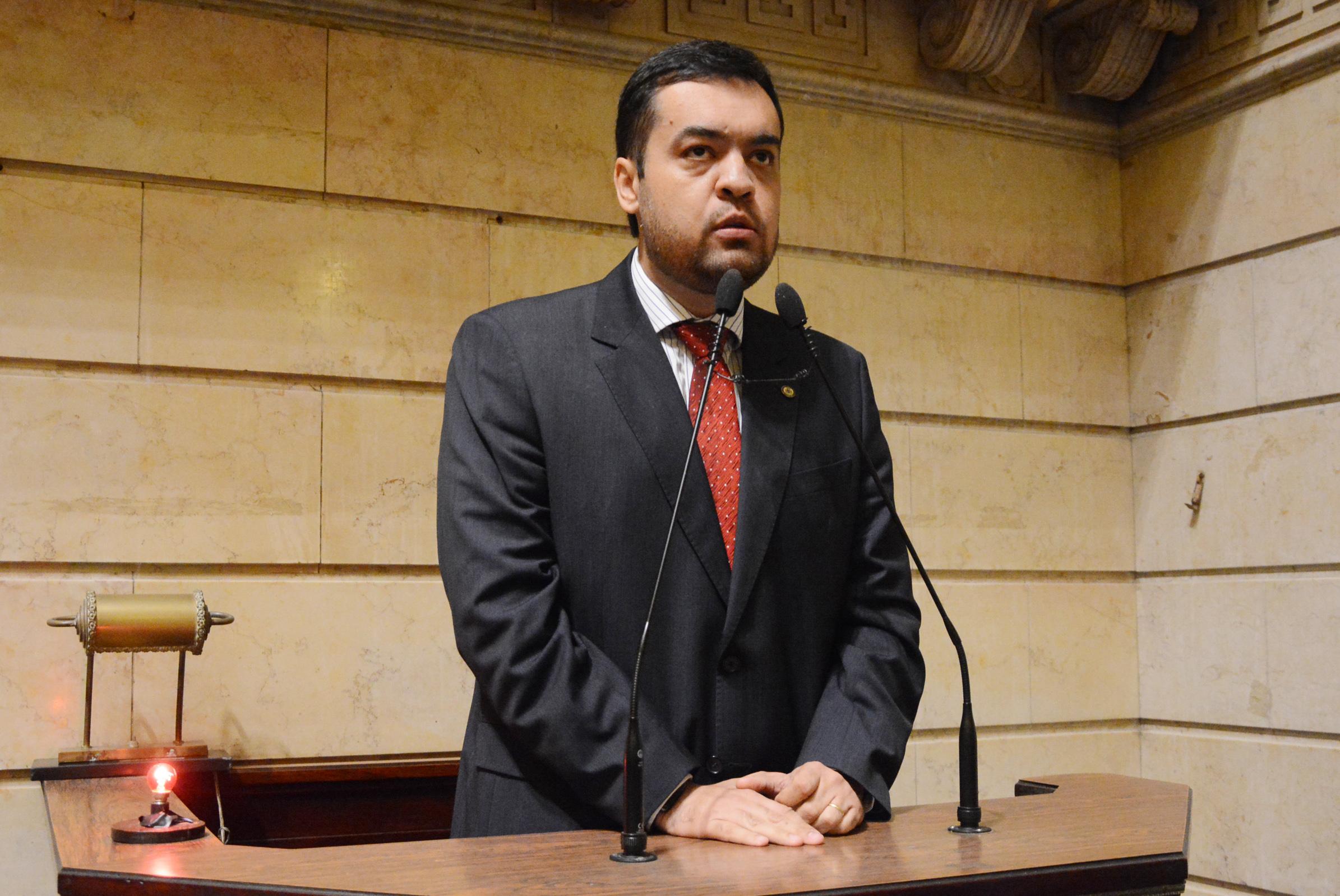 IMAGEM: Delator acusa governador interino do Rio de receber propina quando era vereador
