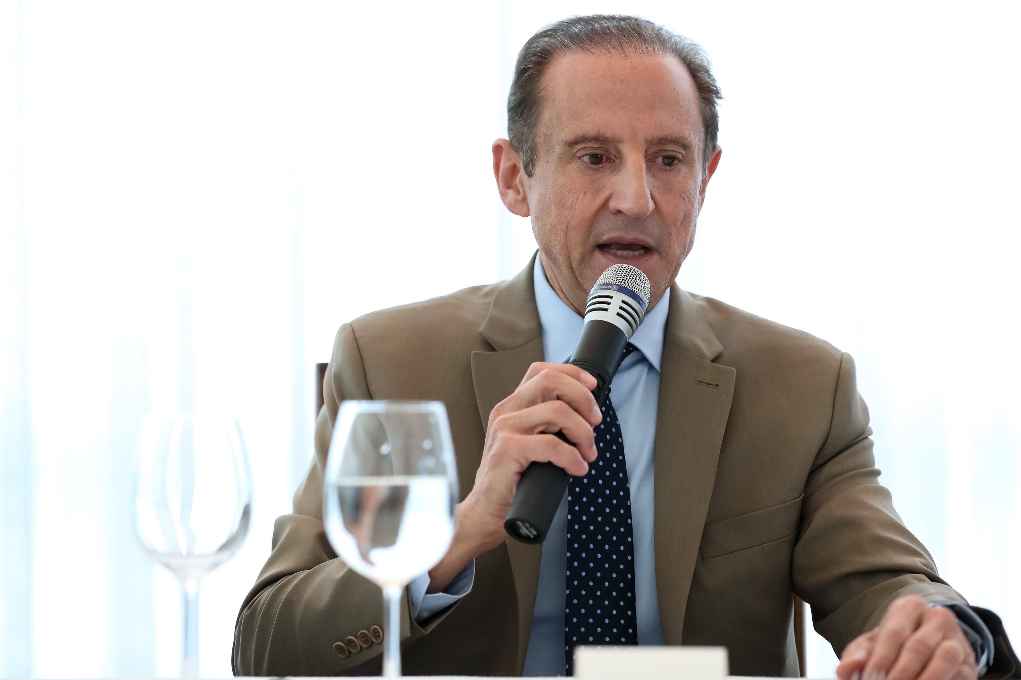 IMAGEM: Covid-19: exame de Paulo Skaf, que esteve com Bolsonaro, dá negativo