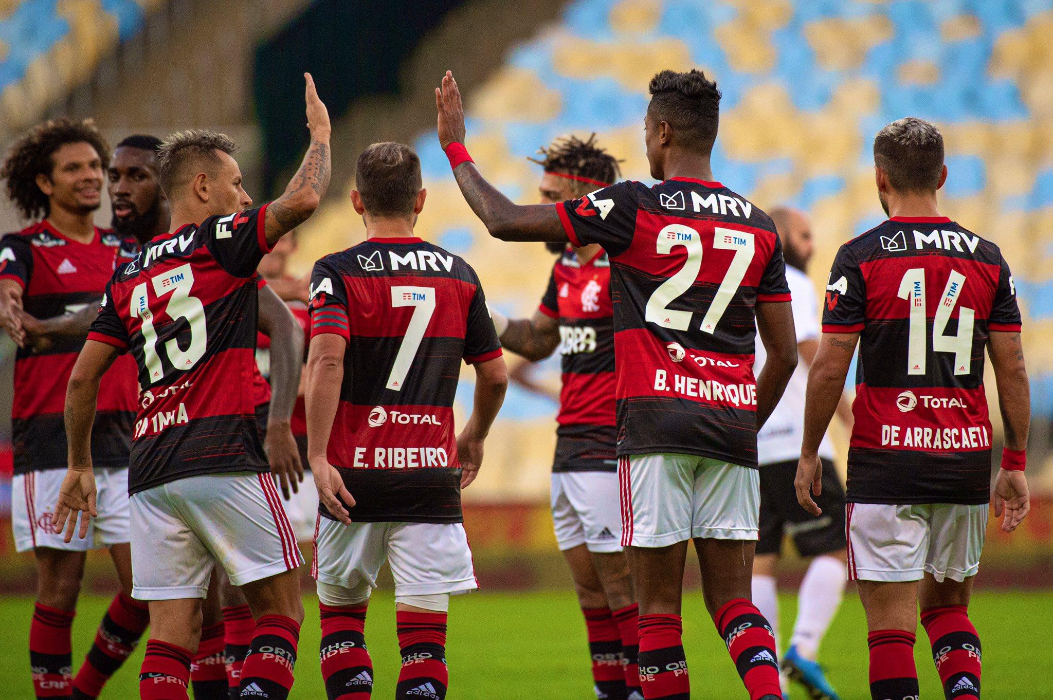 IMAGEM: A escalação da Globo contra SBT e Flamengo