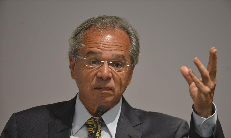 """IMAGEM: Sem solução melhor, """"prefiro esse imposto de merda"""", diz Guedes sobre nova CPMF"""