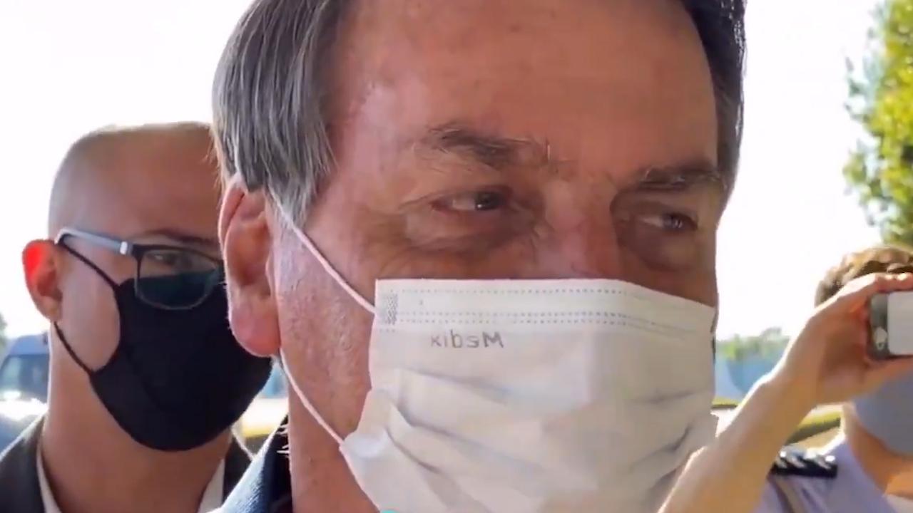 IMAGEM: Governo não pode manter auxílio de R$ 600, diz Bolsonaro