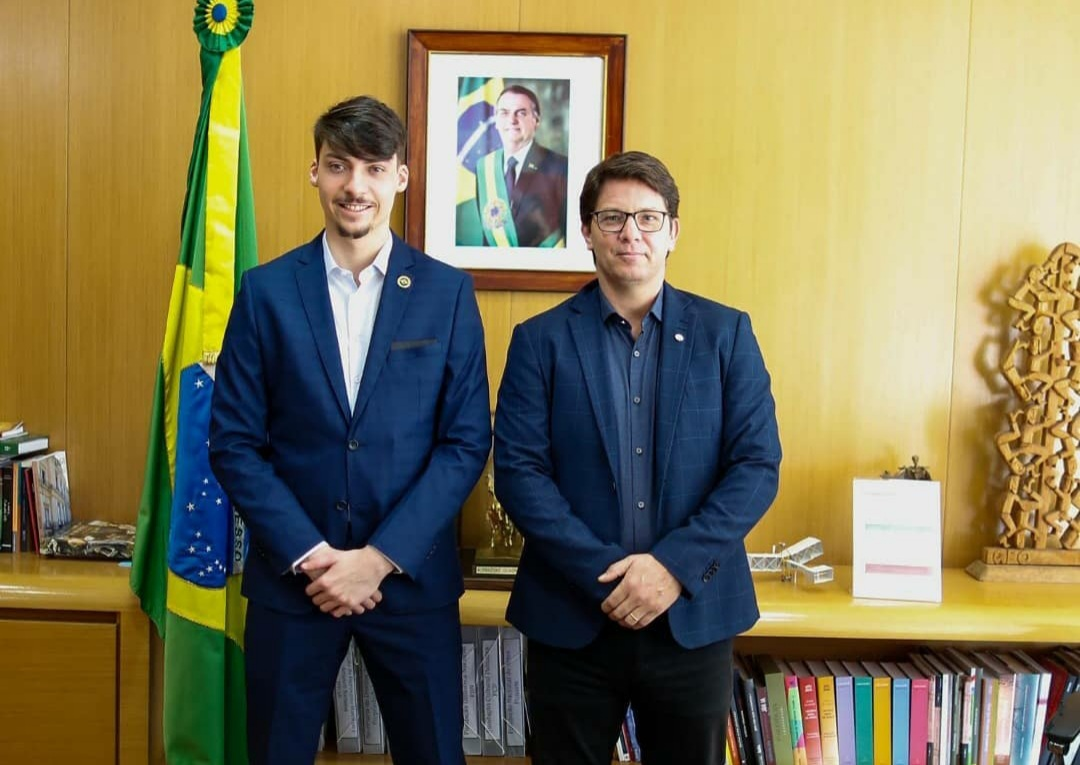 IMAGEM: Mário Frias debate sobre jogos eletrônicos com Renan Bolsonaro