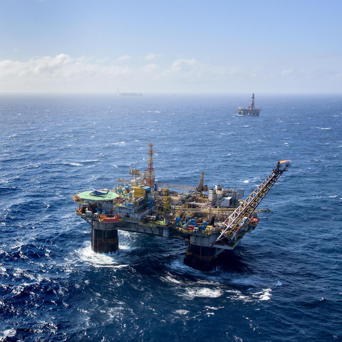 IMAGEM: Senador cobra Petrobras e MME sobre 'almoxarifado submarino'