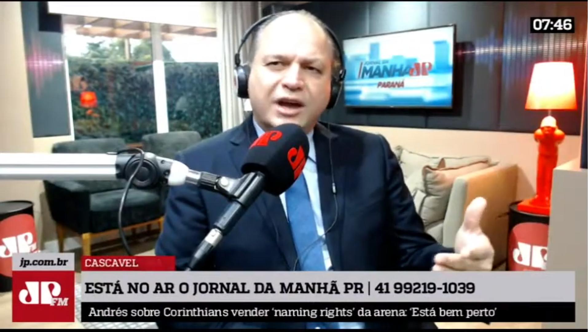 """IMAGEM: Barros, sobre micheques: """"Não é isso que interessa pro brasileiro"""""""