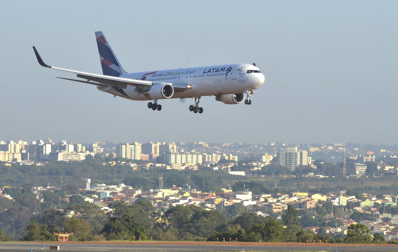 IMAGEM: Espanha prorroga restrições a voos do Brasil