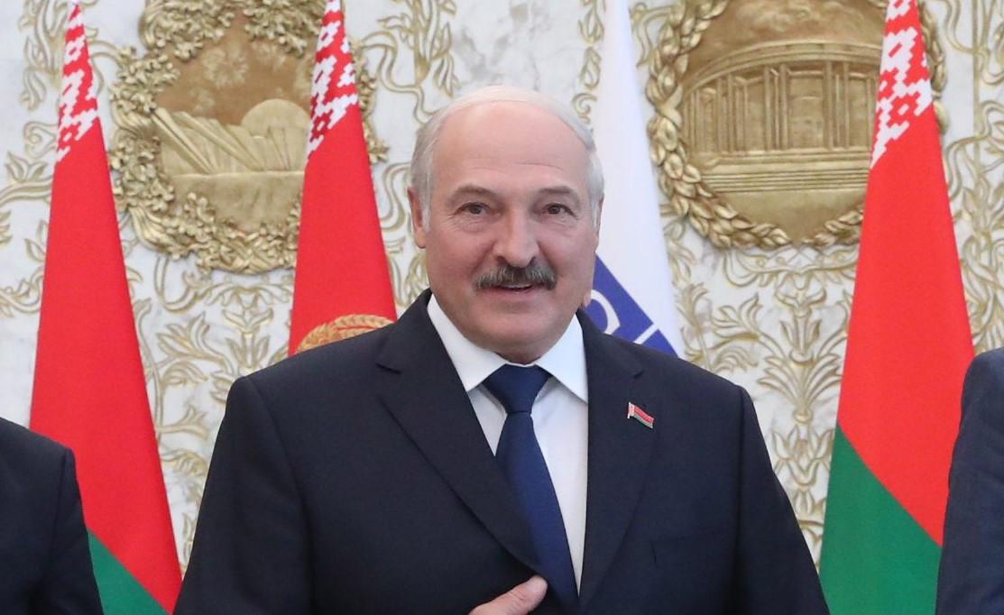 IMAGEM: Ditador de Belarus vai a Putin agradecer por socorro