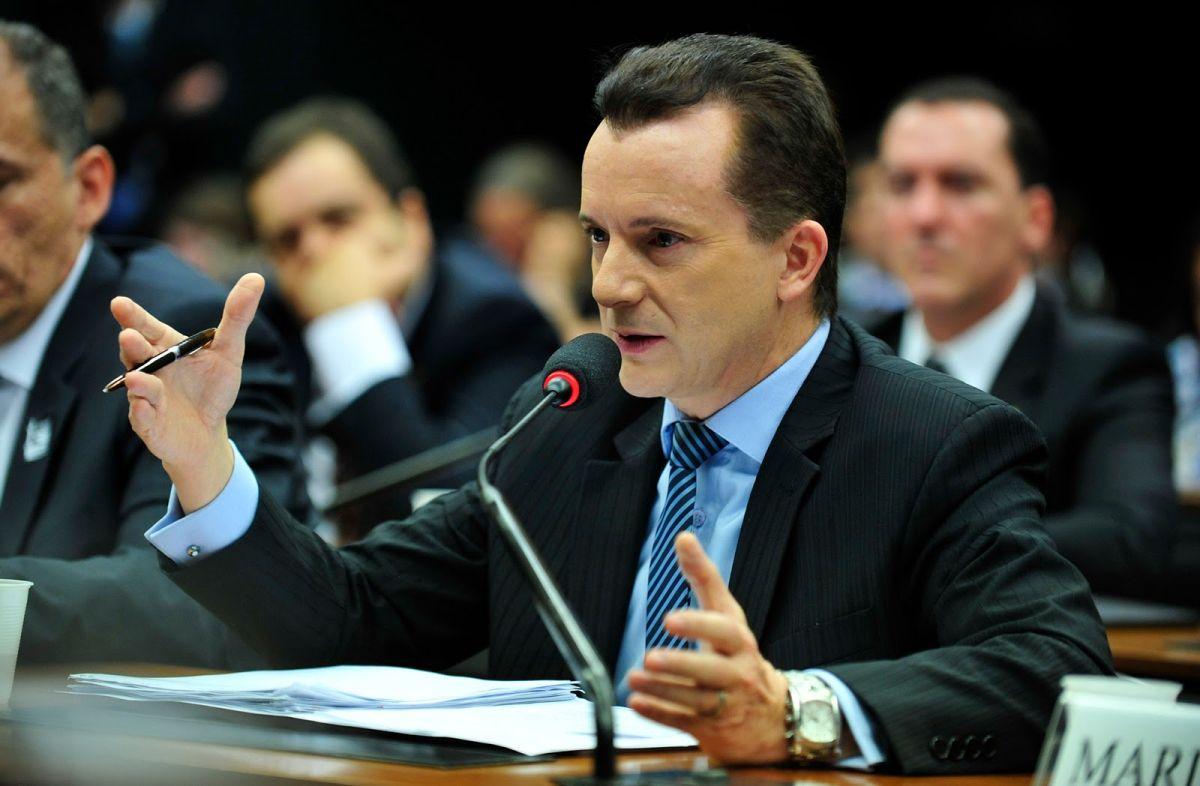 IMAGEM: Na disputa em SP, Russomanno tem 26% e Covas, 21%, diz Ibope
