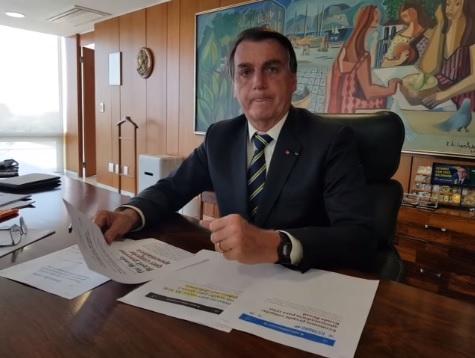 IMAGEM: Governo publica portaria para rever benefício a idosos mesmo após 'bronca' de Bolsonaro